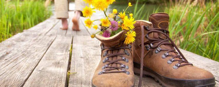 Verano y senderismo, como cuidar los pies<span class=