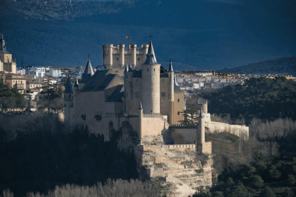 Alcázar de Segovia, cerca de El Cubillo